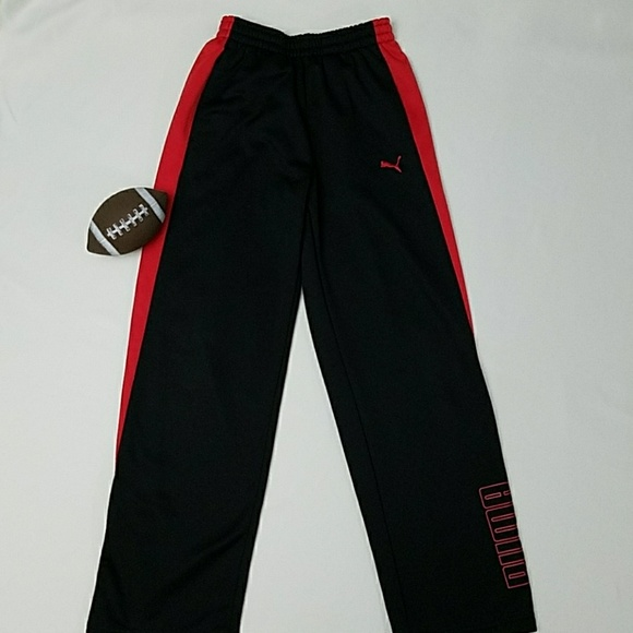 3a1b4b49f384 PUMA  Boys Black   red athletic pants. M 5a693c1972ea88137dcb78fc
